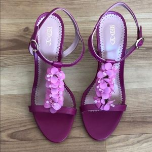 NWOT RED Valentino pink heels, size 40
